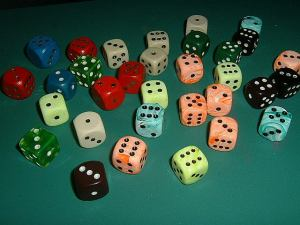 pile o dice from wiki commons